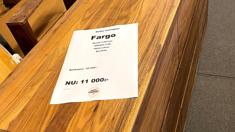 Fargo skänk oljad valnöt