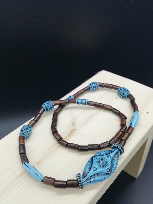Necklace - Blue Ethnic and Wood Beads Elasticated 2
