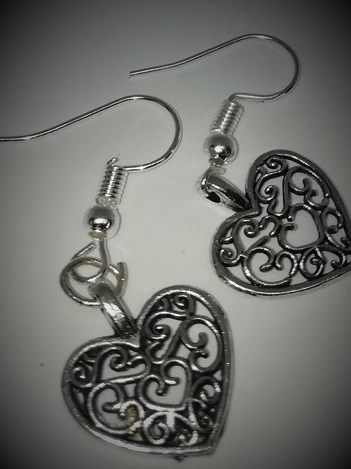 Earrings – Filigree Hearts