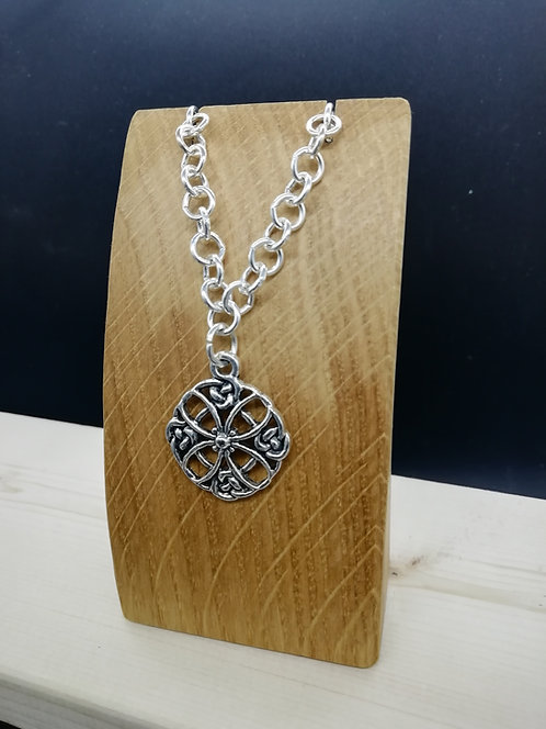 Necklace - Celtic Flower Silver Chain