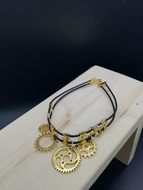 Bracelet - Gold Coloured Cogs Steampunk Large