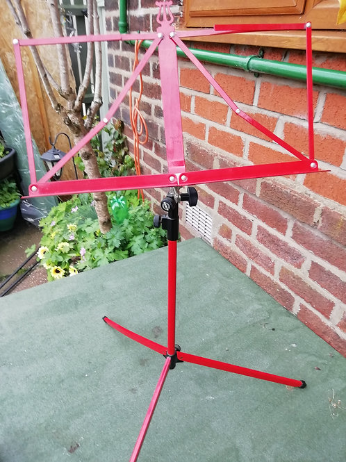 2 folding metal music stands - green and red