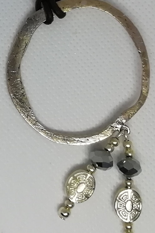 Necklace - Flat Hoop Clear Silver Beads