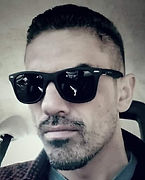 Headshot David J Grunter.jpg