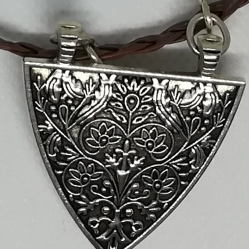 Necklace - Silver-Coloured Triangle with Pattern