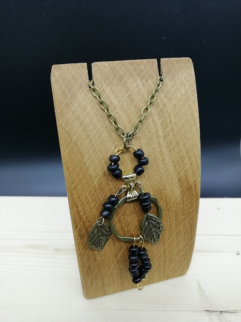 Necklace - Black Brass Bead Person Leaf