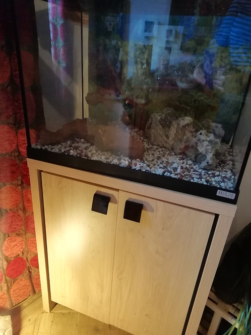 Fish (or small animal) Tank - Fluval 100/125L with accessories