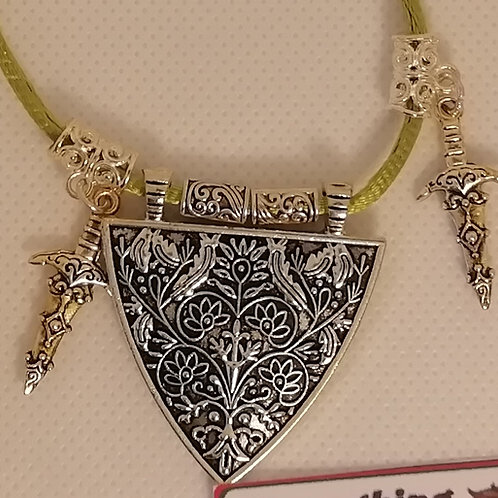Necklace - Green, Silver Triangle Daggers