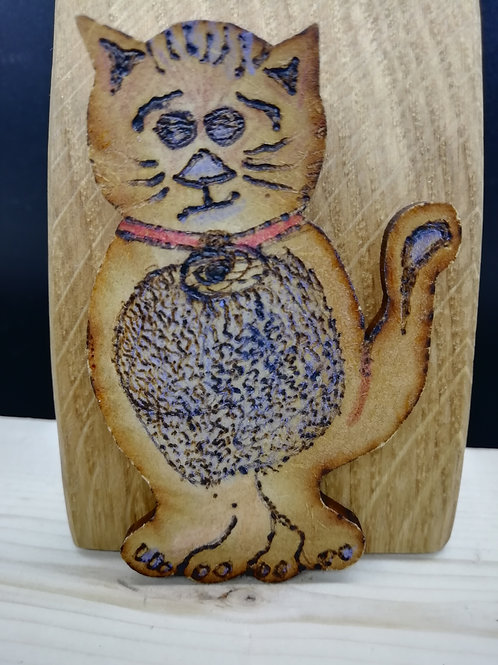 Magnet - Cat Wood Quirky Pyrography