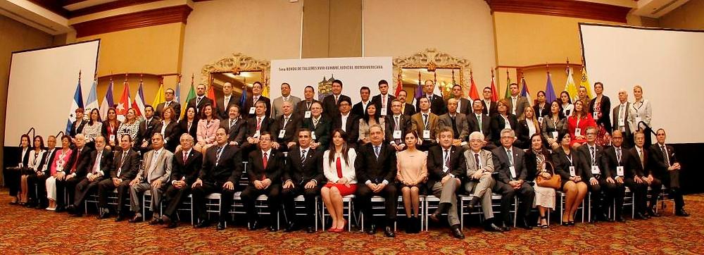Foto 1 Primera Ronda de Talleres-Quito-Dic. 2014.jpg