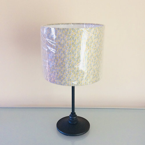 Lampshade, daffodils (2511)