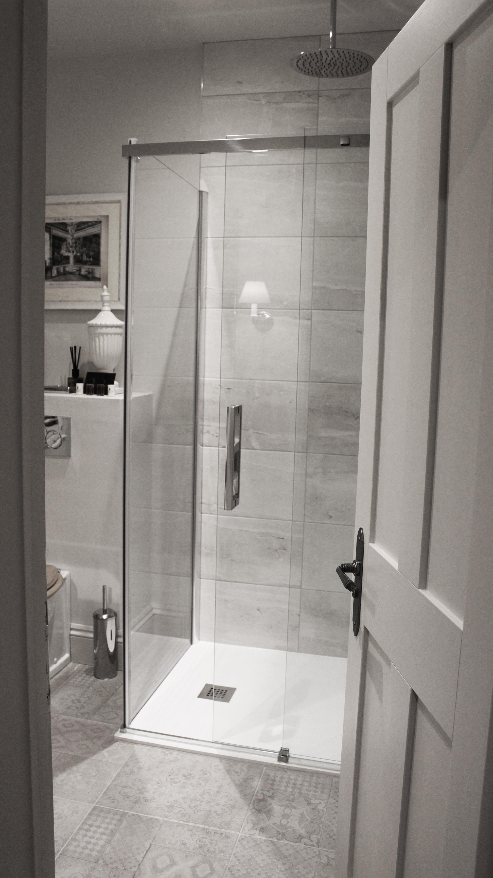 Fitzroy-shower-3