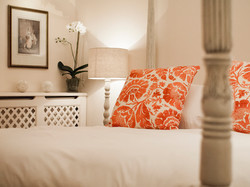 Luxury Room - Cushions