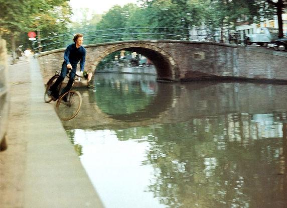 Bas Jan Ader, «Fall II», 1970 Mary Sue Ader-Andersen