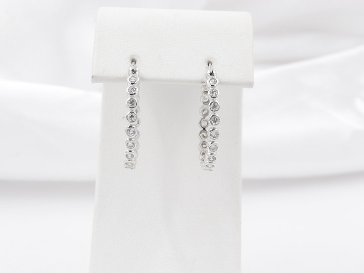 Sterling Silver round design earrings