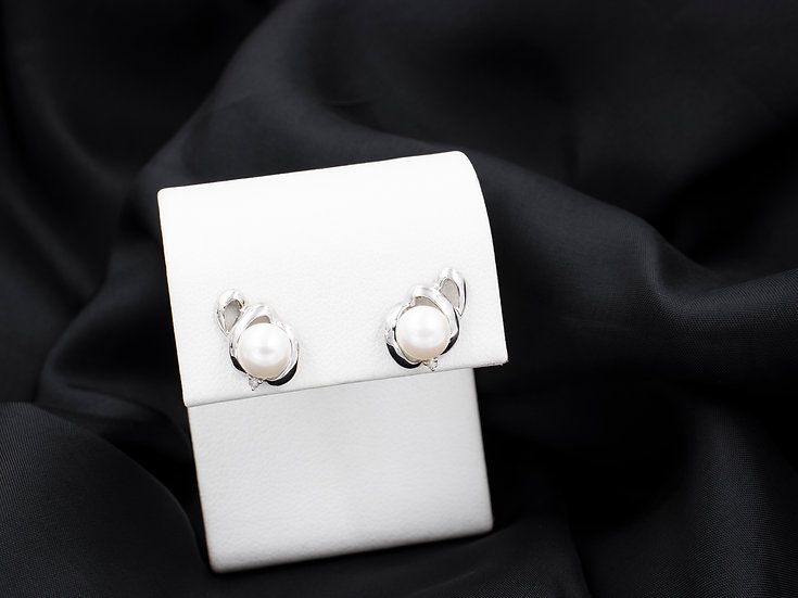 14K White Gold 6.5mm Cultured Pearl Studs with One diamond