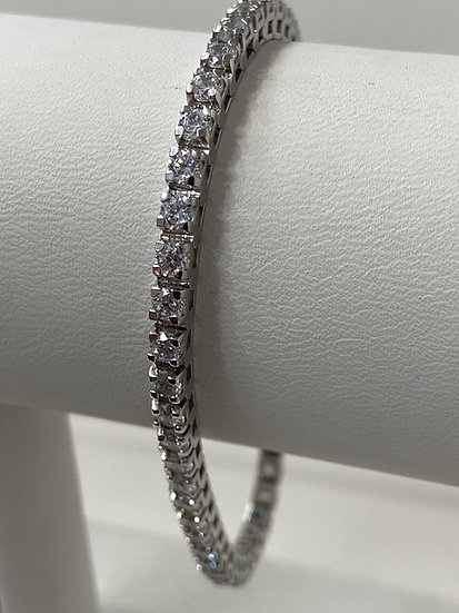 14K White Gold 4 5/8cttw Round Brilliant Diamond Tennis Bracelet