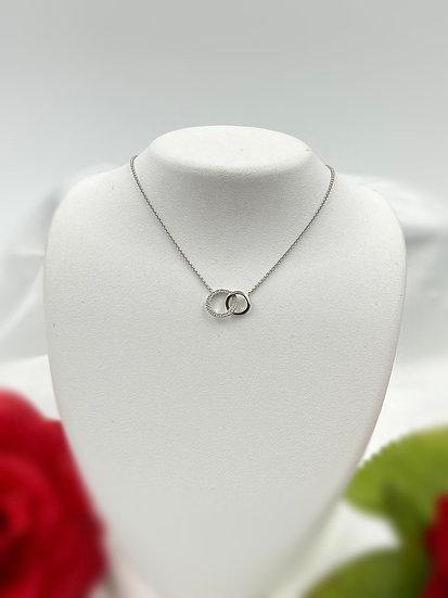 "14K White Gold .06cttw Round Diamond 18"" Interlocking Circle Necklace"