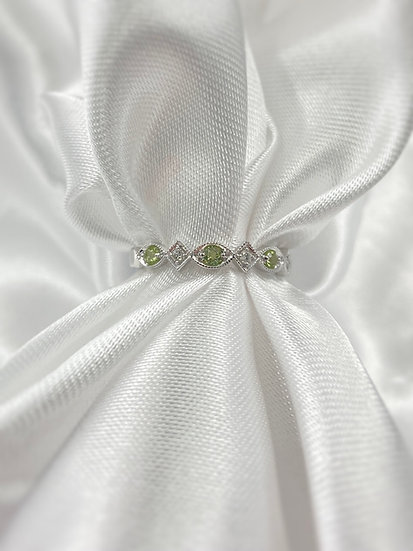 10K White Gold Diamond and Peridot Stackable Ring