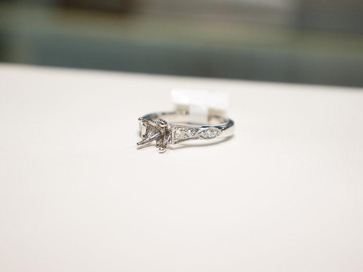 18K White Gold 1/4cttw Milgrain Head Diamond Engagement Ring