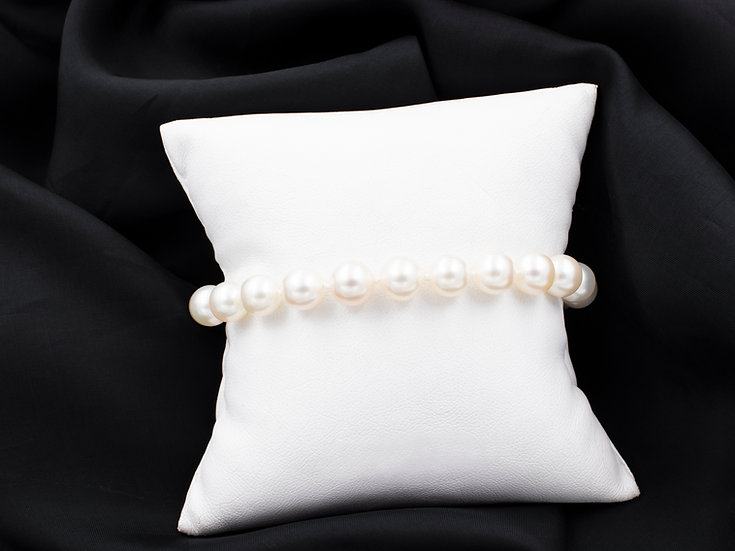 "14K Yellow Gold 8"" Pearl Bracelet 5.5mm"