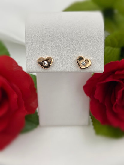 14K Rose Gold .06cttw Round Diamond Heart Earrings