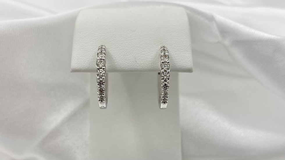 14K White Gold 1.0cttw Round Diamond Oval Hoop Earrings