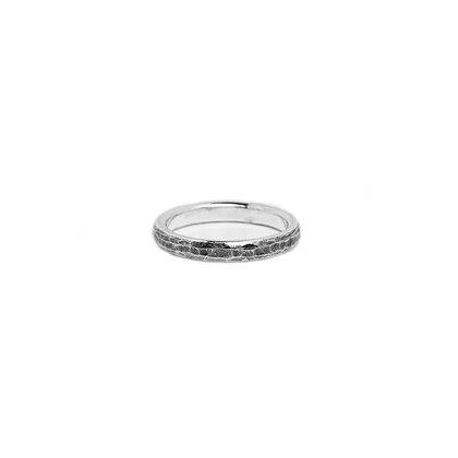 """""""Martelée"""" Ring"""
