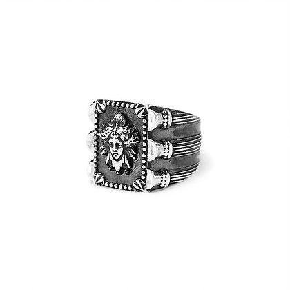 """""""Dark Médusa"""" Ring"""