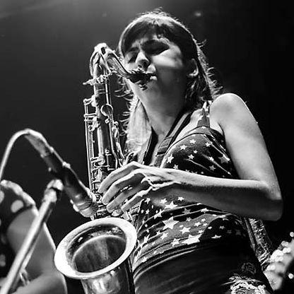 Camila Nebbia Saxofonista Saxo jazz Argentina Plevida Buenos Aires