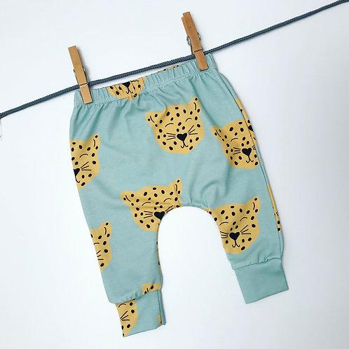 Leo Leopard Harem Leggings
