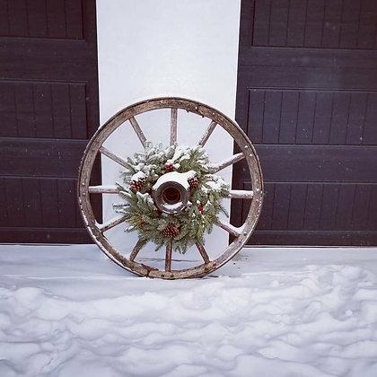 Rustic Wagon Wheel