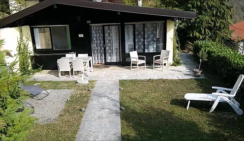 Video showing Casa La Moka in Sunclass Villaggio, Tignale, Garda Lake - Video vana Casa La Moka, Gardameer - Video Ferienhaus Casa La Moka, Garda See