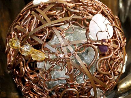 Energy Amplifying Spheres