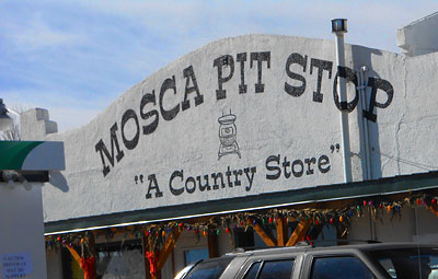 Mosca Pit Stop Country Store