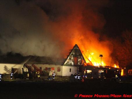 Omfattende gårdbrand i Spjellerup ved Næstved