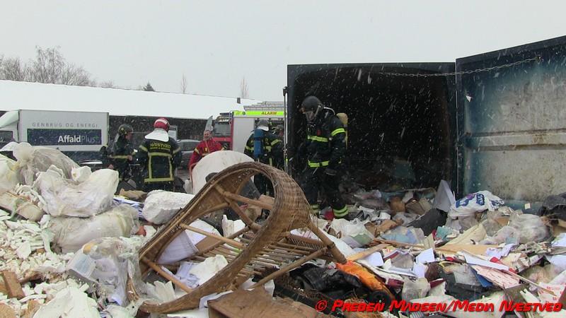 2018-03-29-Brand-Genbrugsstationen-Naestved-PrebenMadsen-00005