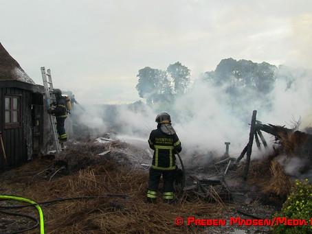 Tilbygning til graverboligen ved Førslev Kirke udbrændt
