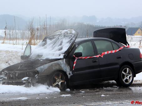 Motorrum på Toyota Avensis udbrændte i Rønnede