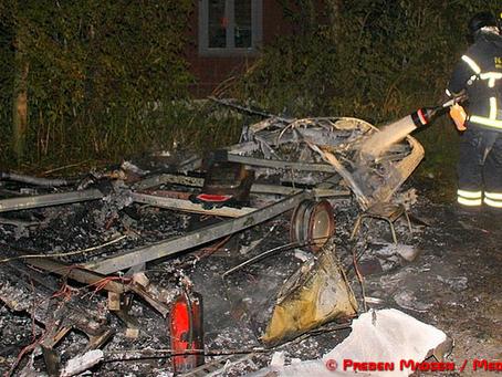 Campingvogn udbrændte i Gelsted