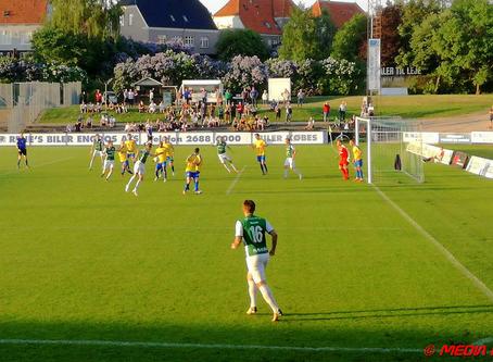 Næstved giver spænding til stregen i 2. division i fodbold
