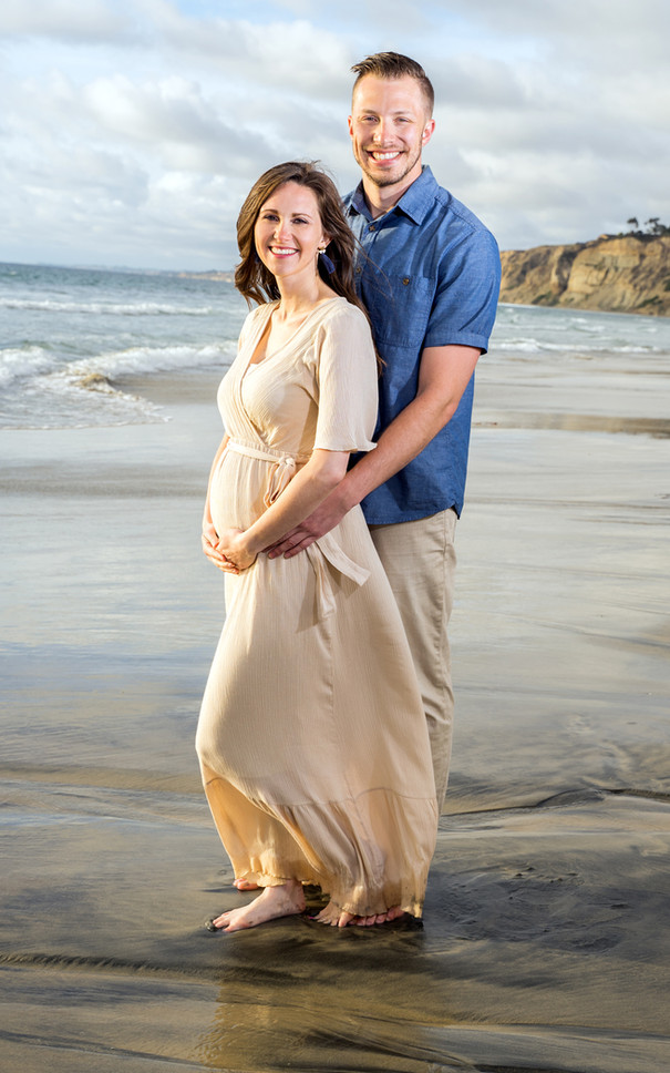 Beach Pregnancy Portrait, Pacific Beach, CA