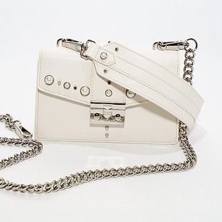 White Mini B.Pearl Purse