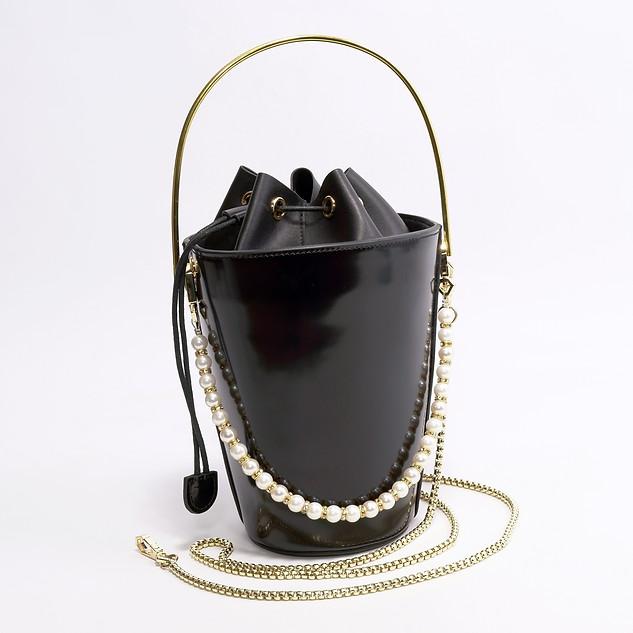 B.Pearl Black Leather Pocket Purse - NY-BP1903-3