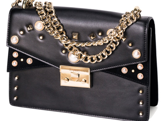B.Pearl Black Leather Fashion Purse