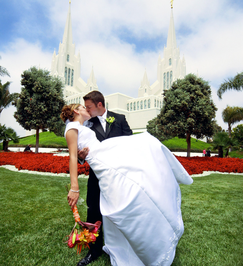 San Diego Temple Wedding Photographer