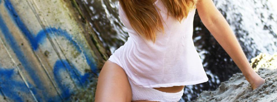 Swimsuit Fashion Shoot, Bikini Model Pic
