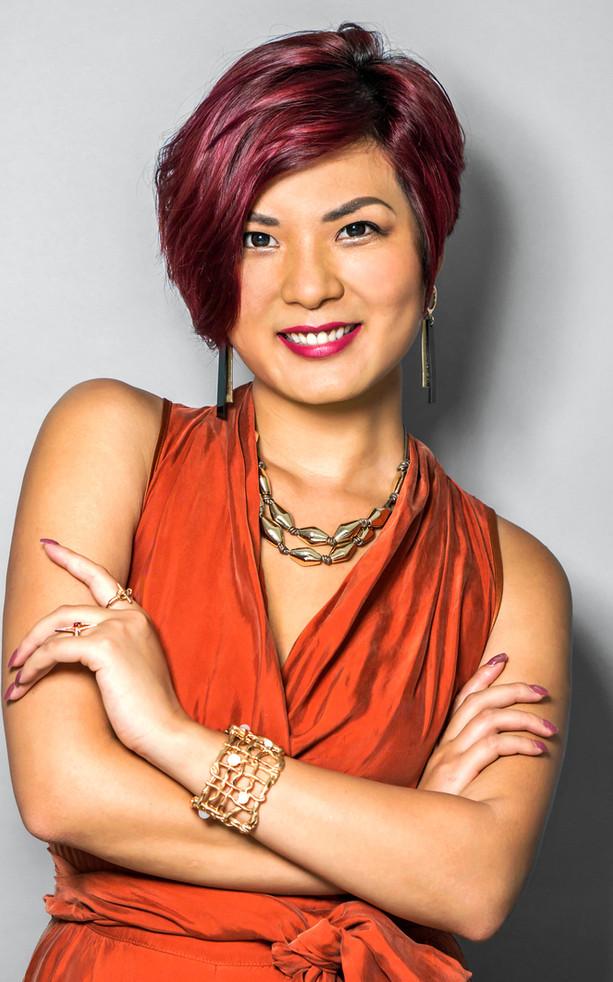 B.Pearl Fashion Designer Business Headshot
