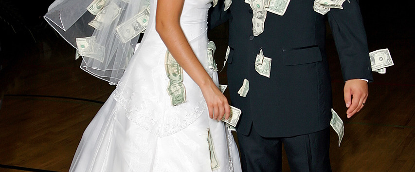 Wedding Money Dance, Bride and Groom Pic