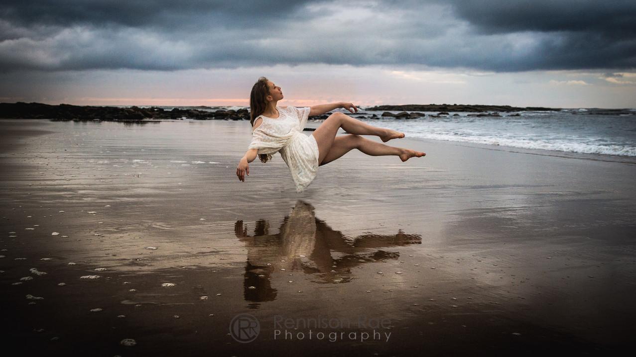 Ellie Leviation-4